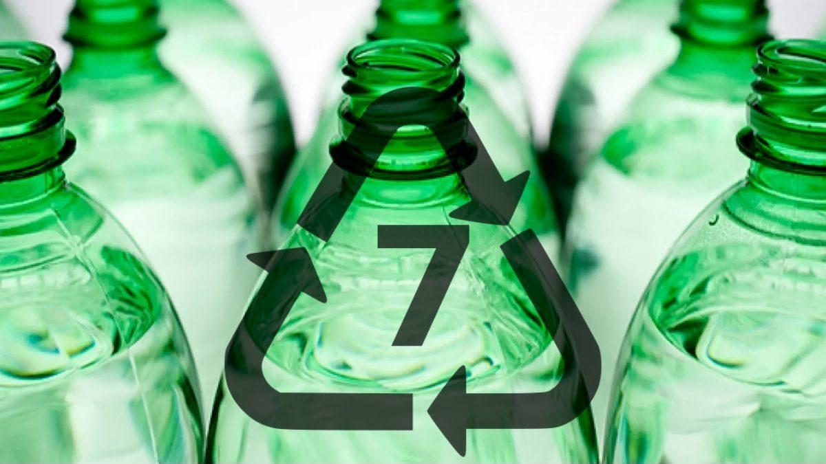 Compostable plastic bottles